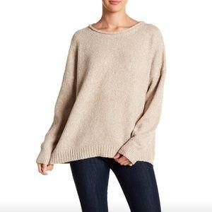 Like new boucle knit sweater tan white
